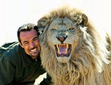 Löwenflüsterer